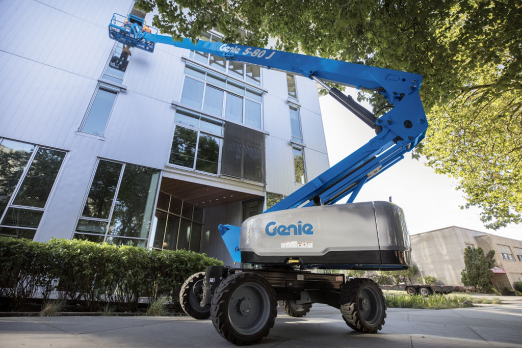 https://www.genielift.com/images/default-source/aerial-pros-featured-thumbnails/2---featured---changes-to-genie-booms-you-need-to-know-about.jpg?sfvrsn=39c654b1_19