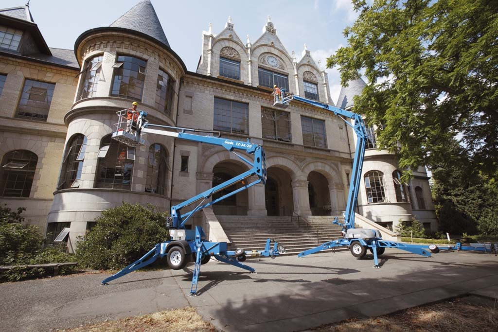 https://www.genielift.com/images/default-source/aerial-pros-featured-thumbnails/2---featured---how-to-tow-a-trailer-mounted-boom.jpg?sfvrsn=b143a3_21