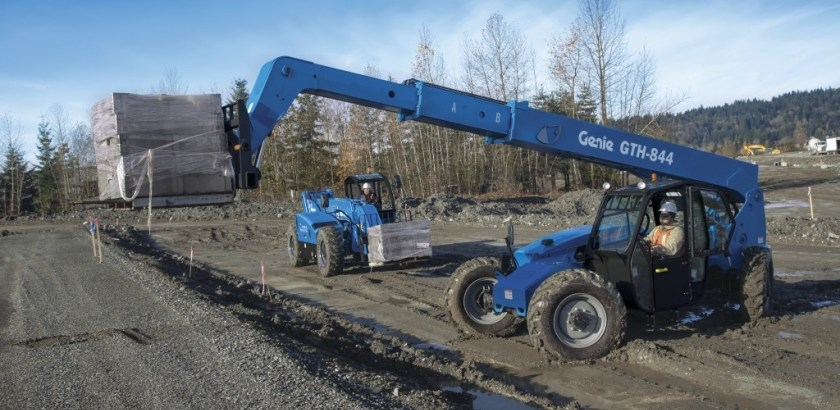 https://www.genielift.com/images/default-source/aerial-pros-featured-thumbnails/featured-aerial-work-platform-and-telehandler-pre-ops.jpg?sfvrsn=4c56d892_4