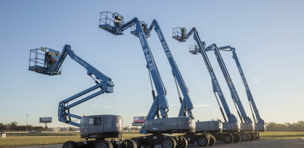 https://www.genielift.com/images/default-source/aerial-pros-featured-thumbnails/featured-image-xc-line-up.jpg?sfvrsn=6a9fb626_4