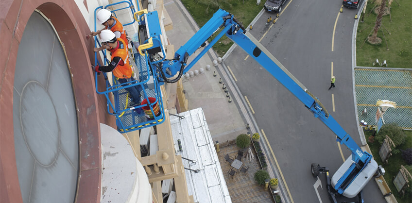 https://www.genielift.com/images/default-source/aerial-pros-featured-thumbnails/featured-implications-of-the-new-ansi_csa-standards-a-manufacturers-perspective.jpg?sfvrsn=7c56e2c3_7