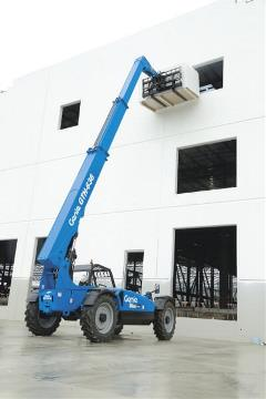 Aerial Equipment 101: What Is a Telehandler?