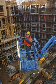 Selecting the Best Aerial Lift to Fit Your Jobsite Needs