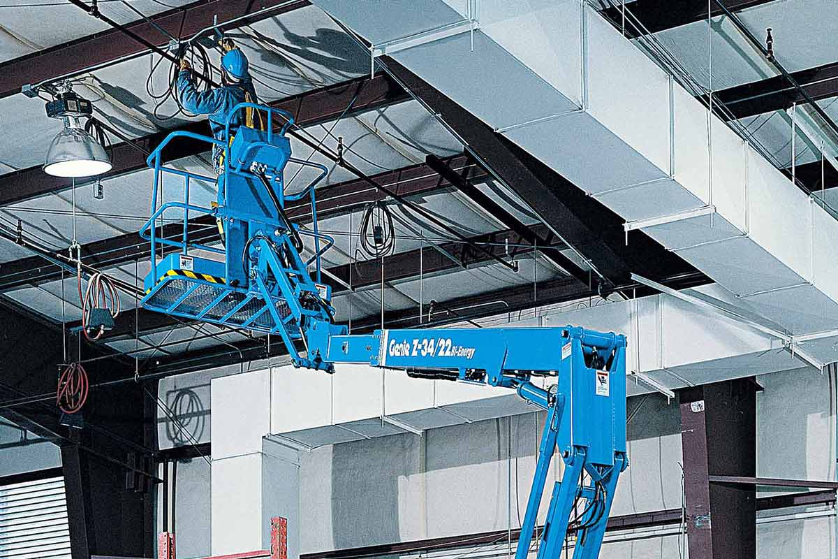 Genie Z-34/22 articulating boom lift