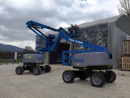 Genie Z-45 DC - Fuel Electric hybrid articulating boom lift