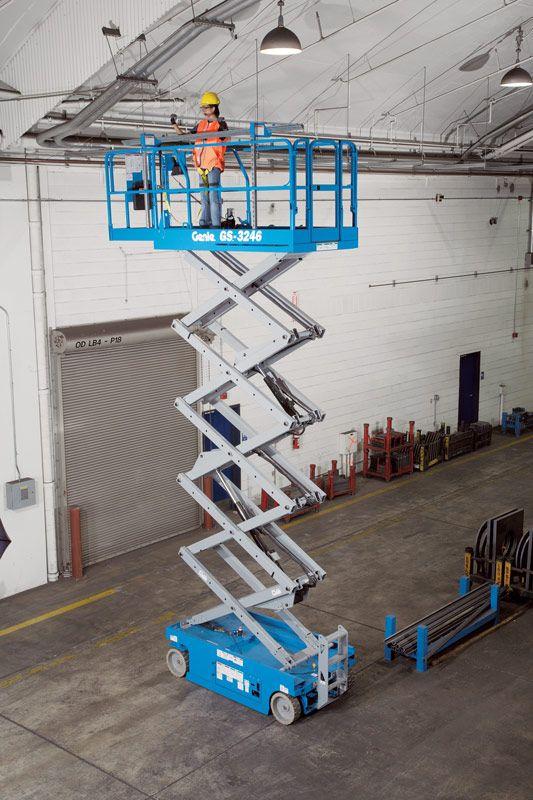Genie GS-3246 scissor lift