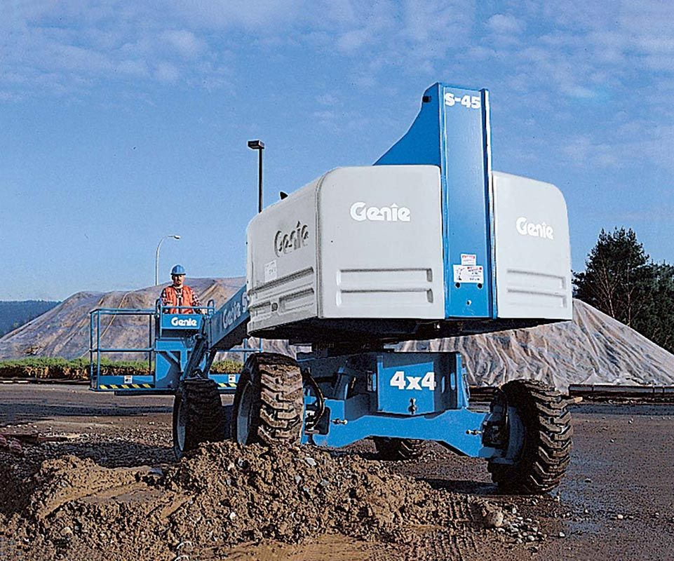 Genie S-40 telescopic boom lift
