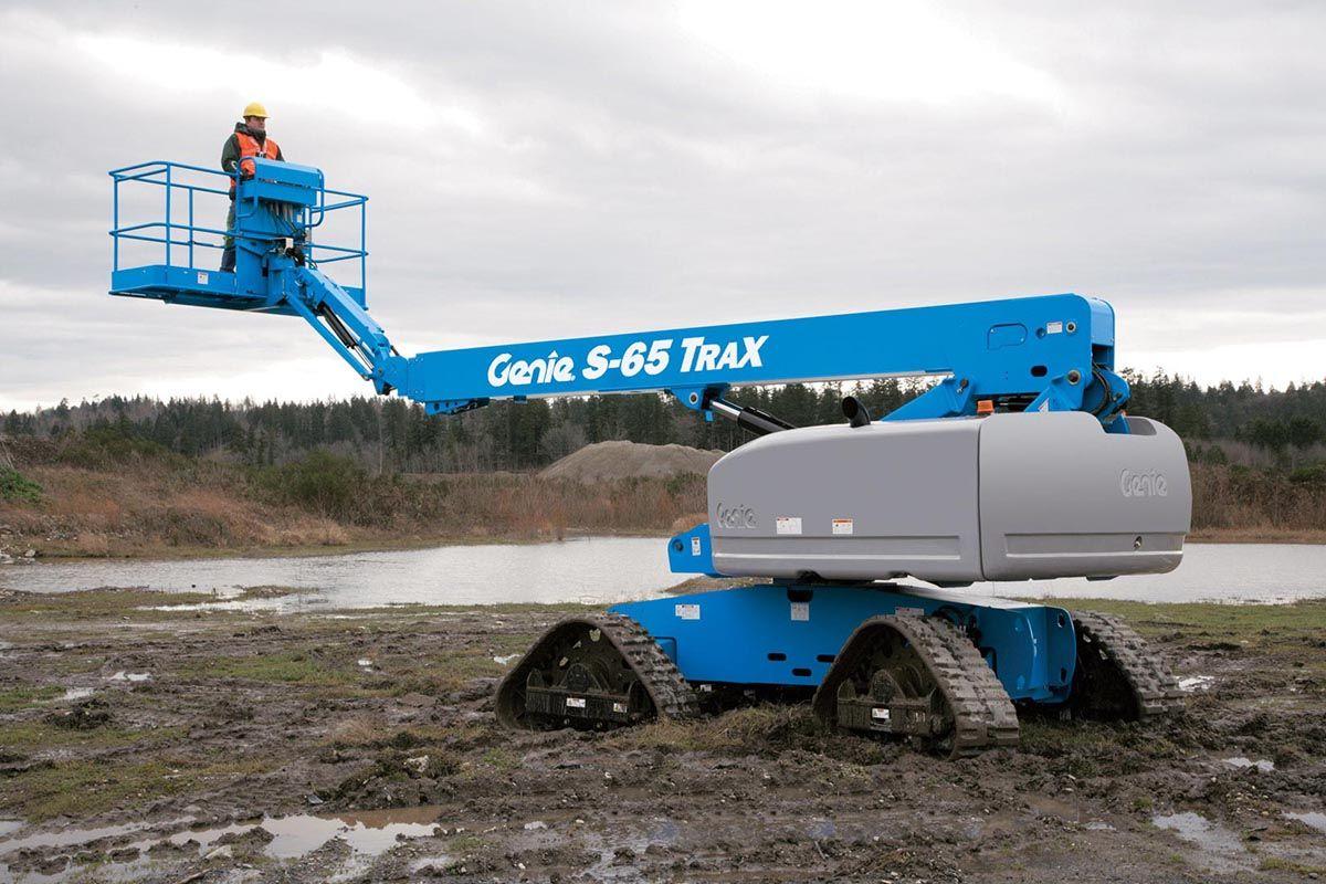 Genie S-65 Trax telescopic boom lift