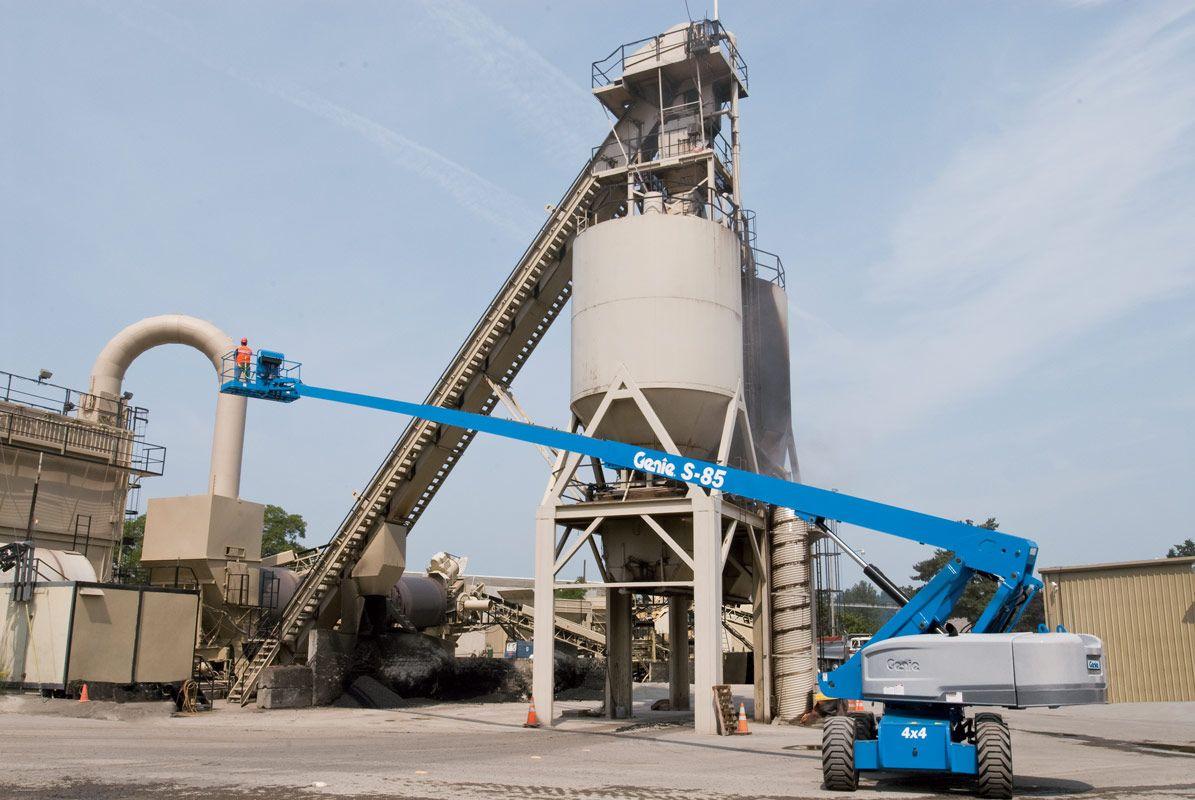 Genie S-85 telescopic boom lift