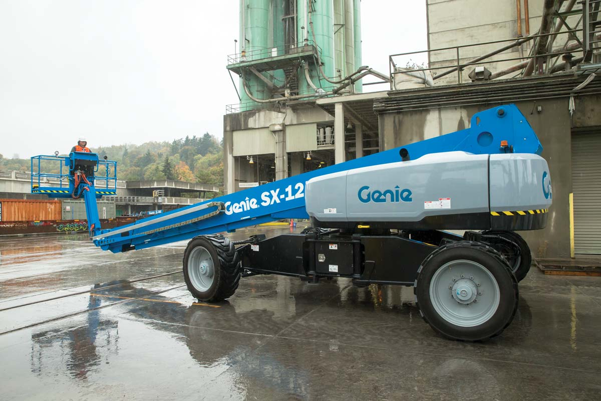 Genie SX-125 XC telescopic boom lift