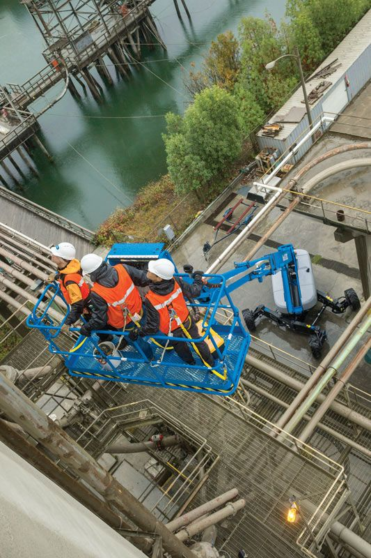 Genie SX-125 XC telescopic boom lift