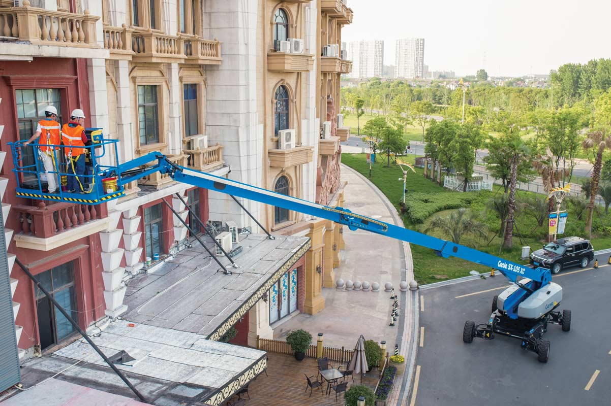 Genie SX-105 XC telescopic boom lift