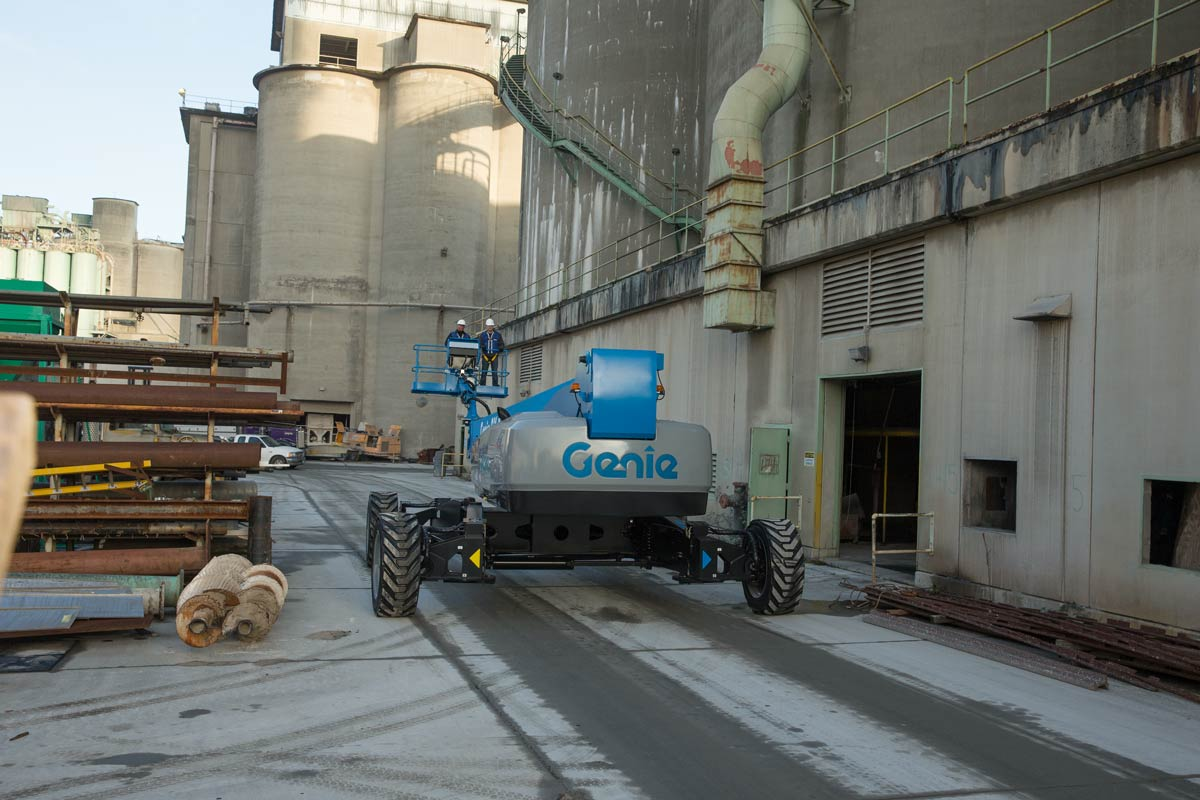 Genie SX-150 telescopic boom lift